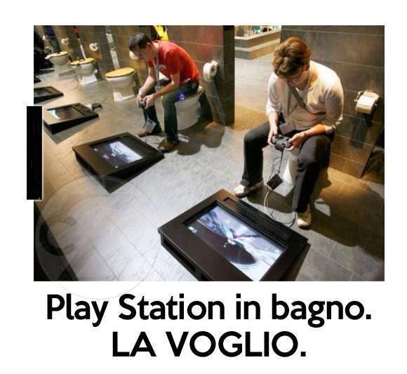 Playstation in bagno!